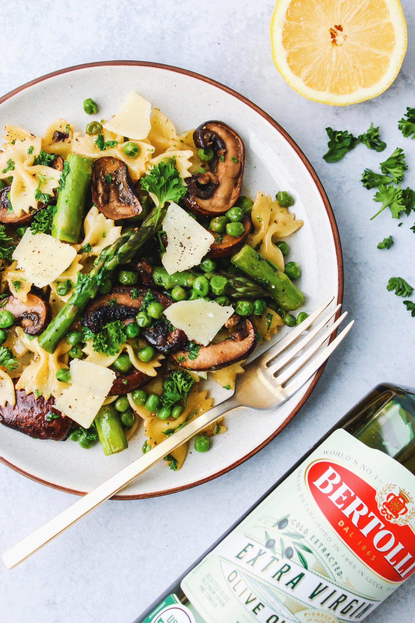 Bertolli Extra Virgin Olive Oil with Springtime Pasta