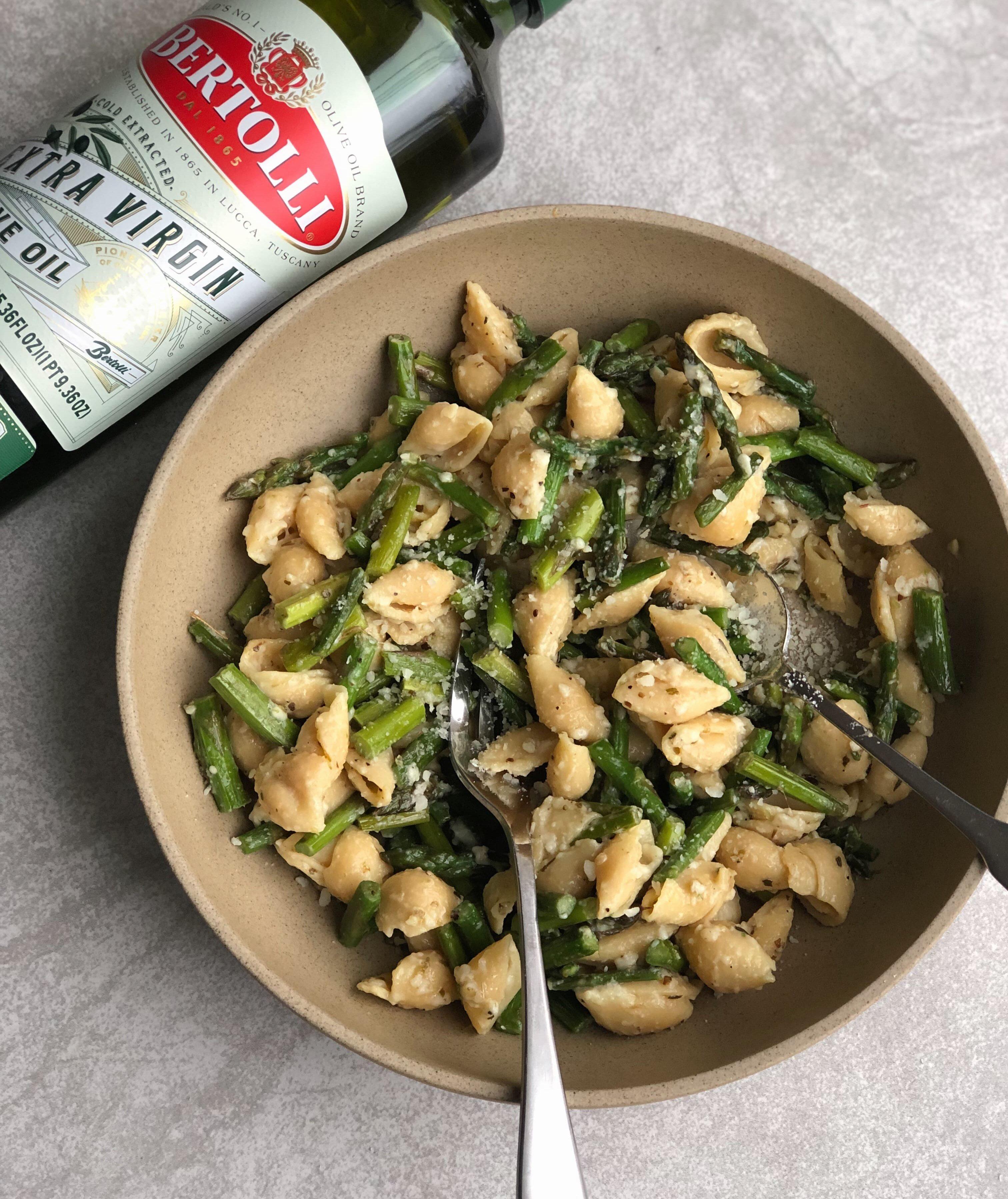 Lemon Asparagus Pasta with Bertolli Olive Oil