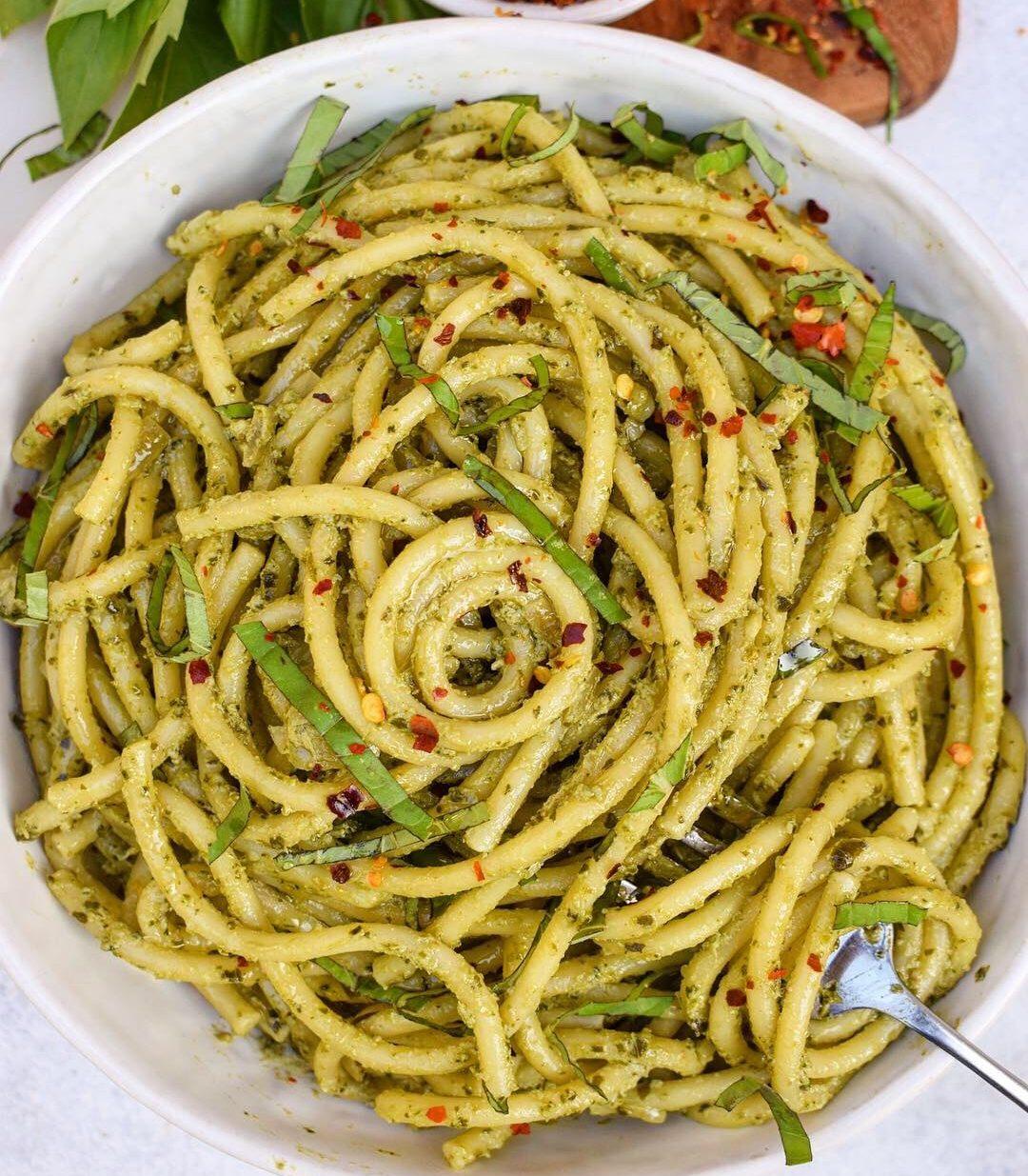 Easy Pesto Alfredo Pasta with Bertolli Olive Oil