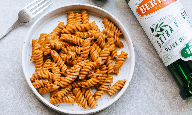 creamy tomato sauce pasta with Bertolli